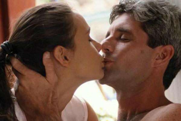 Αληθινή εξομολόγηση: Θέλω να χωρίσω τον άντρα μου γιατί ερωτεύτηκα τον πεθερό μου!