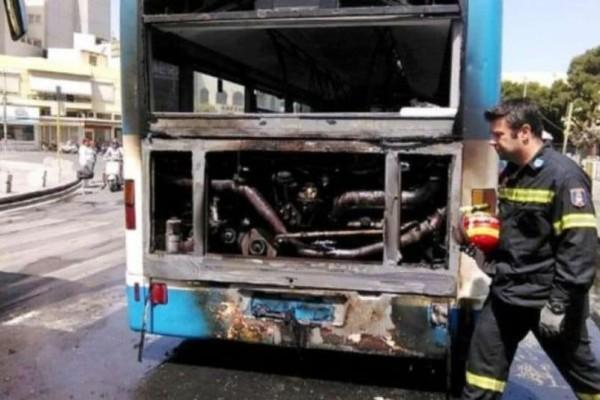 Συναγερμός στην Ποσειδώνος: Αστικό λεοφωρείο έπιασε φωτιά!