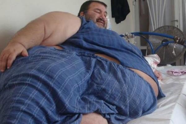 Κραυγή αγωνίας από τον άνδρα που ζυγίζει 360 κιλά! Τι ζητάει; (Photos)