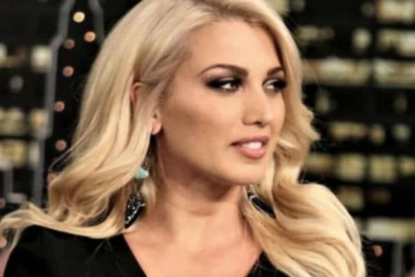 Κωνσταντίνα Σπυροπούλου: Οι προετοιμασίες της για την Ανάσταση! (Βίντεο)