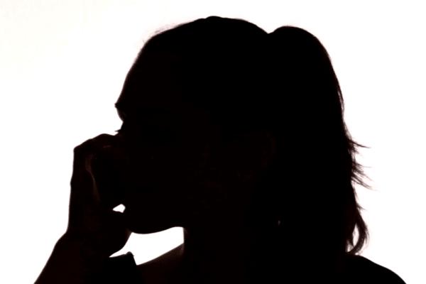 Απάτη: Γυναίκα πλήρωσε χιλιάδες ευρώ για να σώσει τον άντρα της από τροχαίο...