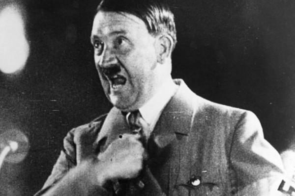 Τα δόντια του Χίτλερ: Η ιστορία της γυναίκας που έβγαλε εις πέρας την πιο δύσκολη αποστολή του Β'Παγκόσμιου Πολέμου!