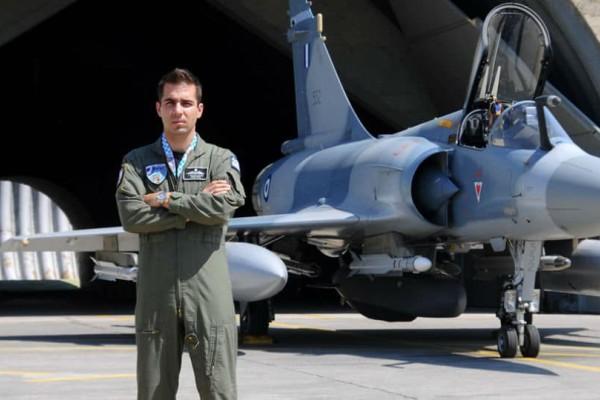 Πώς αποχαιρέτησαν οι ιπτάμενοι της 114 Πτέρυγας Μάχης τον σμηναγό Μπαλταδώρο