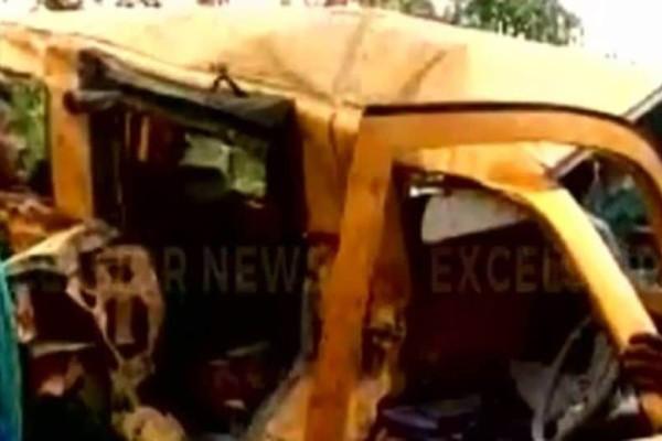 Απίστευτη τραγωδία με μαθητές: Σχολικό λεωφορείο συγκρούστηκε με τρένο! 13 παιδιά νεκρά! (photos+video)
