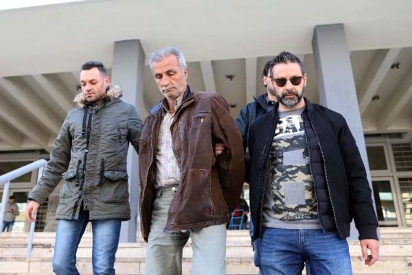 Ομηρία στην Θεσσαλονίκη: Αυτός είναι ο 58χρονος που φυλάκισε τα ΑμεΑ ξαδέλφια του για να τους κλέβει χρήματα!