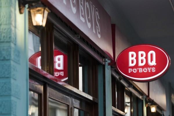 PΟ' Boys BBQ: Με αυτό το σάντουιτς με το σιγοκαπνιστό κρέας... θα σου τρέξουν τα σάλια!