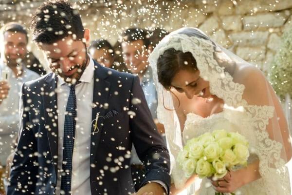 Κορίτσια δώστε βάση: 9 συμπεριφορές που πρέπει να σε αποτρέψουν από το γάμο!