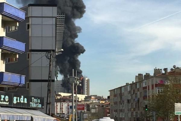 Τεράστια φωτιά σε νοσοκομείο στην Κωνσταντινούπολη (video)