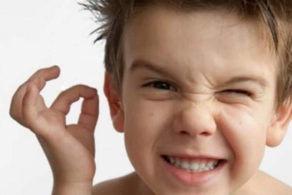 Καθαρισμός αυτιών: Το λάθος που μπορεί να σου στερήσει την ακοή σου!