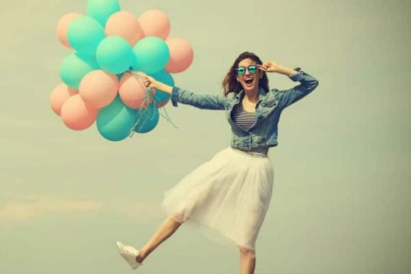 Ξεκίνα την μέρα σου θετικά: 40 φράσεις που θα σε σηκώσουν από τον καναπέ!