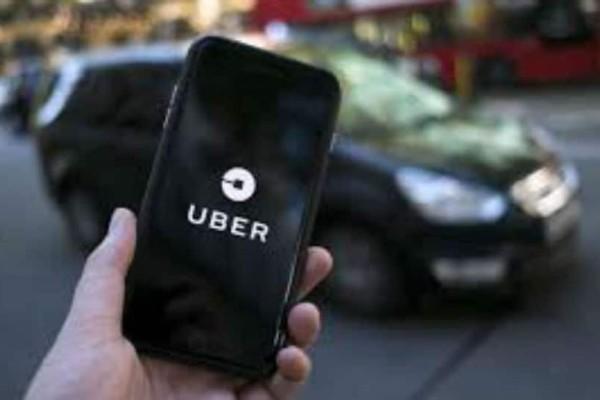Απίστευτο! Έκανε… κατά λάθος κούρσα αξίας 1.835 ευρώ με την Uber!