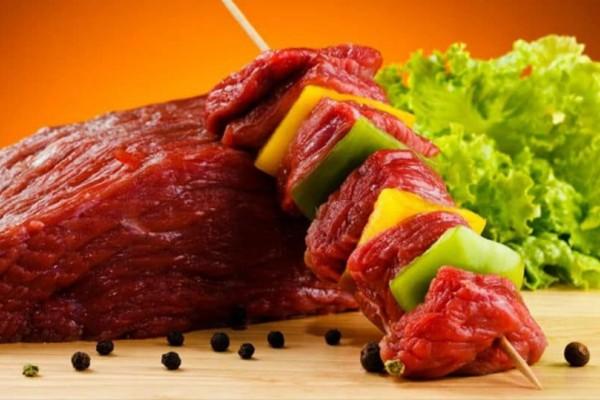 Γυναίκες δώστε βάση: Αυτός είναι ο λόγος που πρέπει να αποφέυγεται το κόκκινο κρέας!