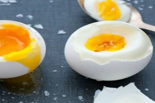 Μήπως πετάς χωρίς λόγο το καλύτερο μέρος του αυγού; - Διατροφολόγος αποκαλύπτει!