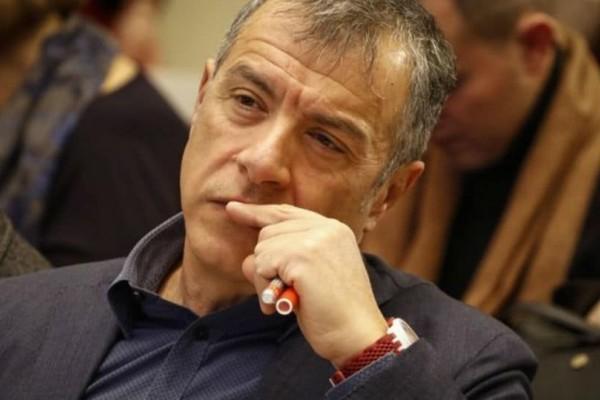 Θεοδωράκης: Να αντισταθούμε στην φθορά και τελικά στον θάνατο