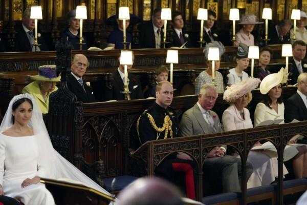 Βασιλικός γάμος: Ανατριχιαστικό! Άφησαν ένα κενό κάθισμα στην εκκλησία για την πριγκίπισσα Νταϊάνα (Photo)