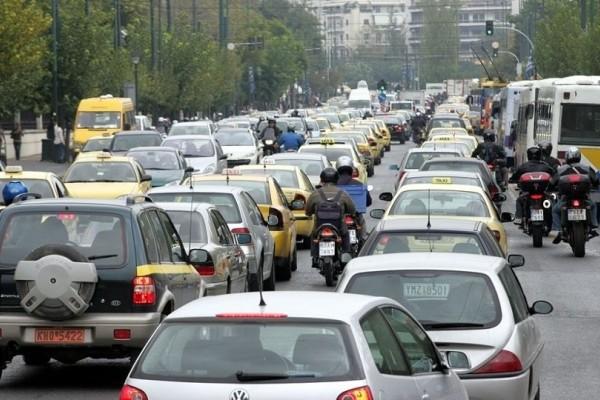 Χάος στους δρόμους της Αθήνας! - Με υπομονή θα πρέπει να «οπλιστούν» οι οδηγοί!