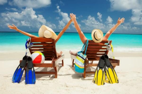 6 συμβουλές για να διαλέξεις τον καλύτερο συνταξιδιώτη στις διακοπές… και να μην βρεθείς εξ απροόπτου! (photos)