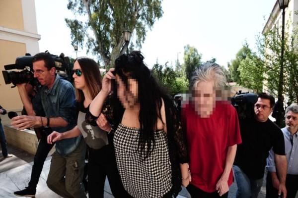 Πετρούπολη: Αυτή είναι η 19χρονη παιδοκτόνος! Έπνιξε το μωρό με σχοινί και τον ομφάλιο λώρο!