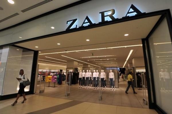 ZARA: Το  φόρεμα που είναι το απόλυτο trend για το φετινό καλοκαίρι!