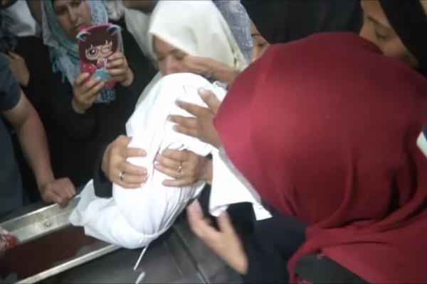 Γροθιά στο στομάχι: Ο σπαραγμός της μάνα της 8 μηνών Λεϊλά που σκοτώθηκε στην Γάζα!