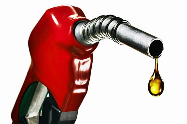 Έκρηξη: Η τιμή της βενζίνης θα φτάσει μέχρι 2,50 ευρώ το λίτρο!