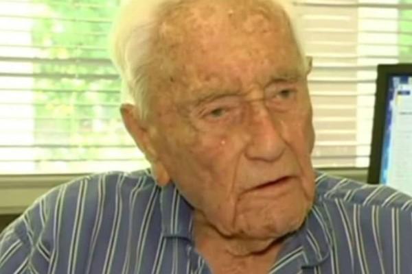 Αξιοπρέπεια στην ζωή και στον θάνατο: Στην Ελβετία για ευθανασία πάει ο γηραιότερος επιστήμονας της Αυστραλίας!