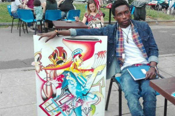 Διεθνής Έκθεση Βιβλίου Θεσσαλονίκης: Απίστευτα έργα τέχνη από πρόσφυγες του Κονγκό! (Photos)