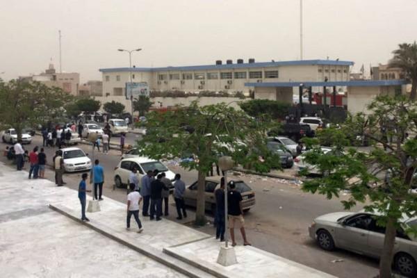 Βομβιστική επίθεση με 12 νεκρούς! - Χτύπημα του ISIS στη Λιβύη