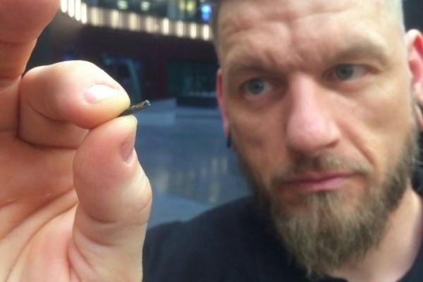 Σουηδία: Τα πρώτα εμφυτευμένα μικροτσίπ σε ανθρώπους! (video)