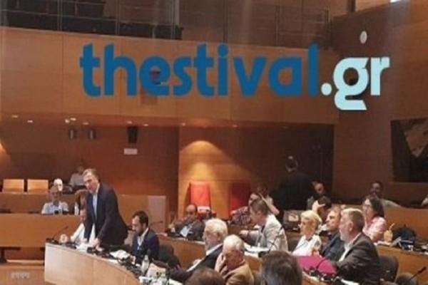 Χαμός στο Δημοτικό Συμβούλιο Θεσσαλονίκης! (Video)