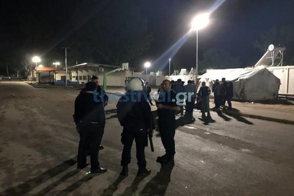 Θεσσαλονίκη: Άγριες συμπλοκές σε κέντρο φιλοξενίας προσφύγων! (Photo)