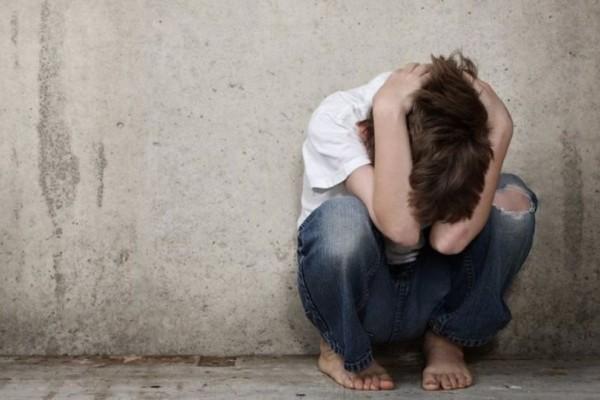 Σοκ στο Πανελλήνιο: Συνελήφθη ζευγάρι σε ερωτικό τρίο με 13χρονο αγόρι!