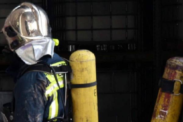 Απεγκλωβίστηκαν 4 άτομα από φλεγόμενο διαμέρισμα στη Νέα Ιωνία