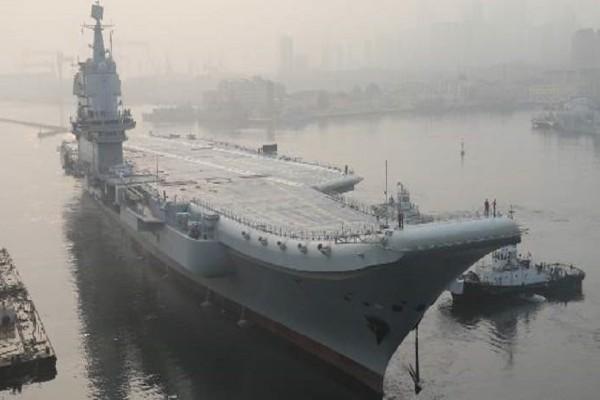 Είναι γεγονός: Το πρώτο αεροπλανοφόρο κινεζικής κατασκευής ξεκίνησε τις θαλάσσιες δοκιμές! (Video)