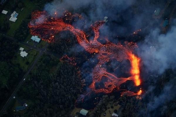 Η φωτογραφία της ημέρας: Το ηφαίστειο Κιλαουέα συνεχίζει τη δραστηριότητά του με εκρήξεις και μετασεισμούς!