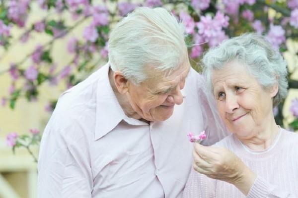 Πώς η χοληστερίνη του εγκεφάλου μπορεί να αυξήσει τον κίνδυνο για Αλτσχάιμερ!