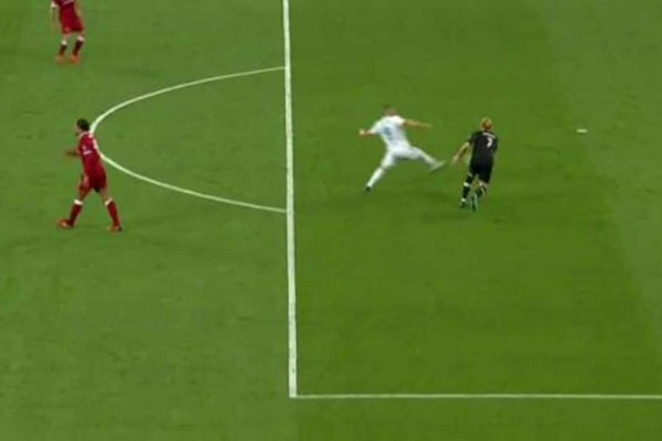 Champions League: Η μεγαλύτερη γκάφα του αιώνα στο πρώτο γκολ της Ρεάλ! (video)