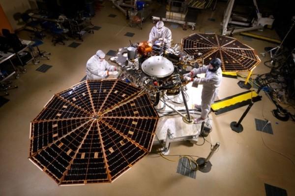 NASA: Το Σάββατο η εκτόξευση του σεισμογράφου για να μελετήσει την «καρδιά» του Άρη! (Video)