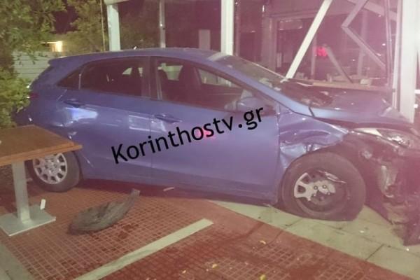 Κόρινθος: Οδηγός έσπειρε τον πανικό - «Μπούκαρε» με το αμάξι σε ταβέρνα!
