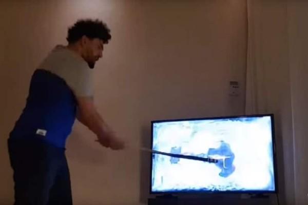 Οπαδός της Μαρσέιγ έσπασε με ρόπαλο την τηλεόρασή του μετά την ήττα της ομάδας! (Video)