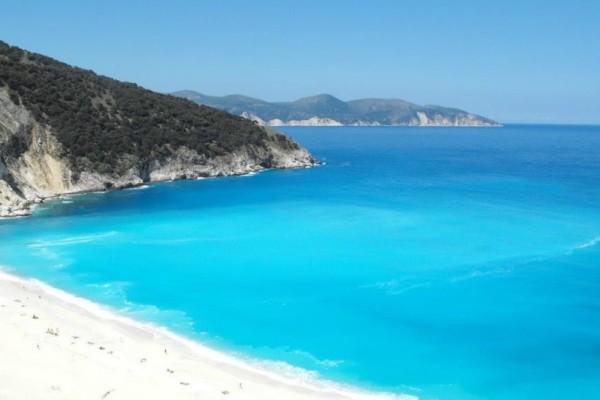 Οι 10 top παραλίες στο Ιόνιο με τα καταγάλανα νερά που θες να βουτήξεις τώρα! (photos)