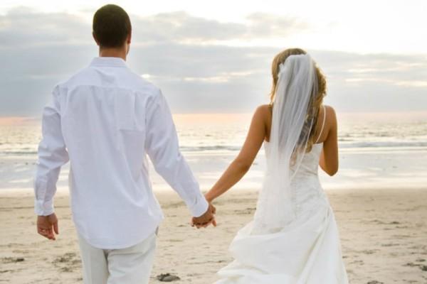 Κρήτη: Ένας διαφορετικός γάμος στο Ηράκλειο με 17 κουμπάρους και προσφορά σε όσους έχουν ανάγκη!