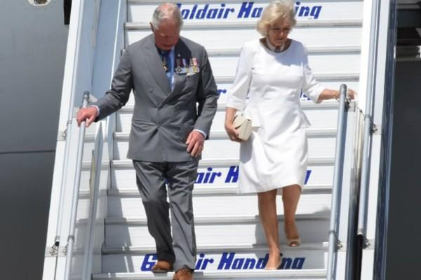 Έφτασαν στην Αθήνα ο πρίγκιπας Κάρολος και η Καμίλα! (Photos)