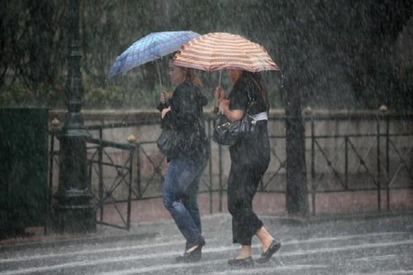Με βροχές, καταιγίδες και χαλάζι ξεκινά η εβδομάδα!