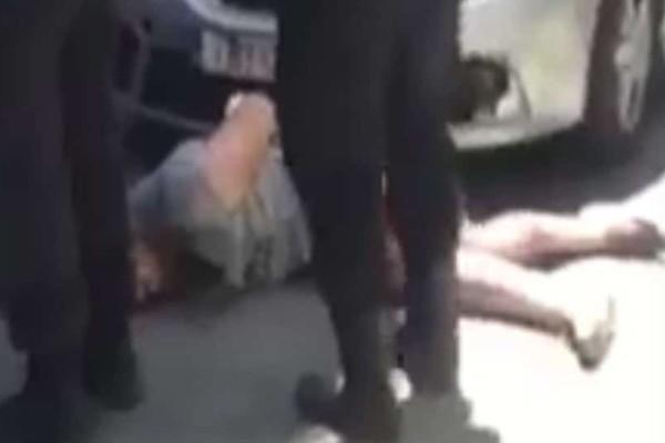 Ένοικοι πολυκατοικίας ξυλοκόπησαν διαρρήκτη (βίντεο)