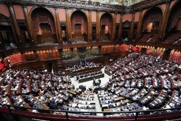 Χαμός στην Ιταλία! Πιθανή διάλυση του κοινοβουλίου και εκλογές!