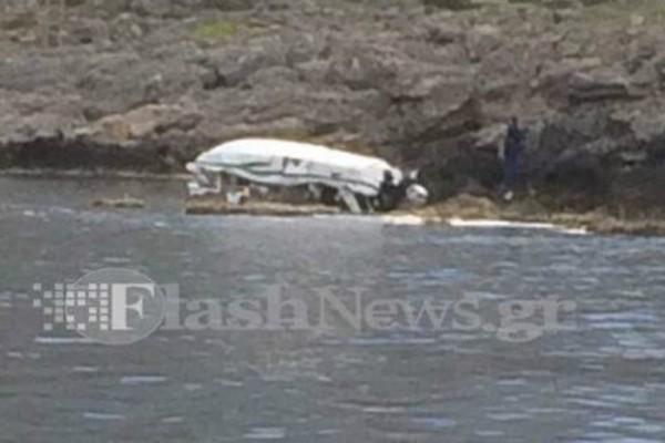 Τραγωδία στην Κρήτη: Ταχύπλοο καρφώθηκε σε βράχια - Τρεις νεκροί!