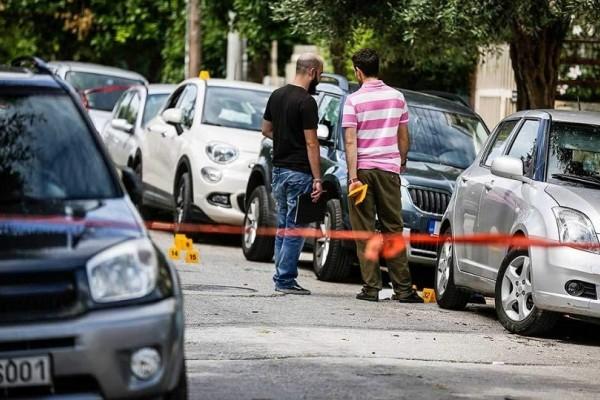 Δολοφονική επίθεση στο Παλαιό Φάληρο: «Ορφανό» DNA και αποτυπώματα στο όπλο του εγκλήματος
