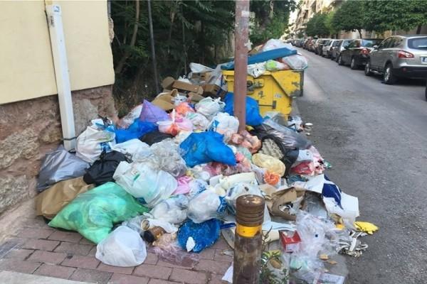«Πνιγμένη» στα σκουπίδια η Αθήνα! - Ο ΧΥΤΑ Φυλής παραμένει κλειστός για 10η μέρα!