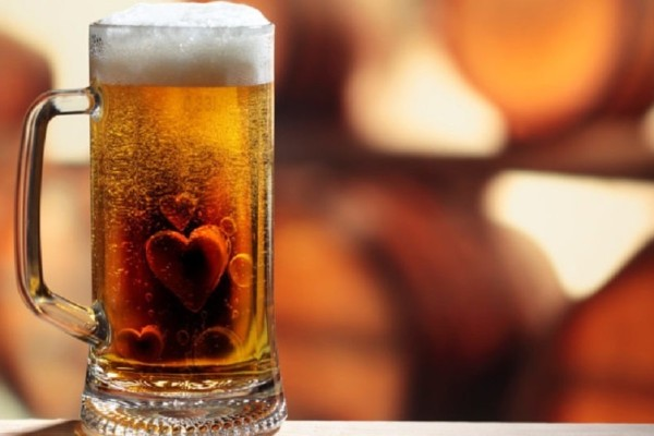 Έχεις πονοκέφαλο; Πιες μια μπίρα!